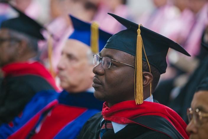 uts_graduation_2017_web-6.jpg