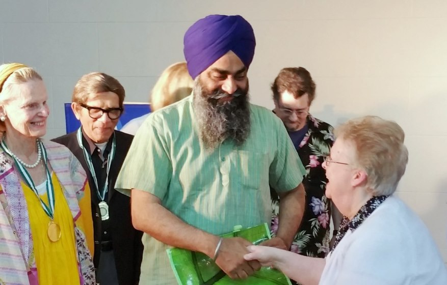 Sikh gets congratulation from Dr. W